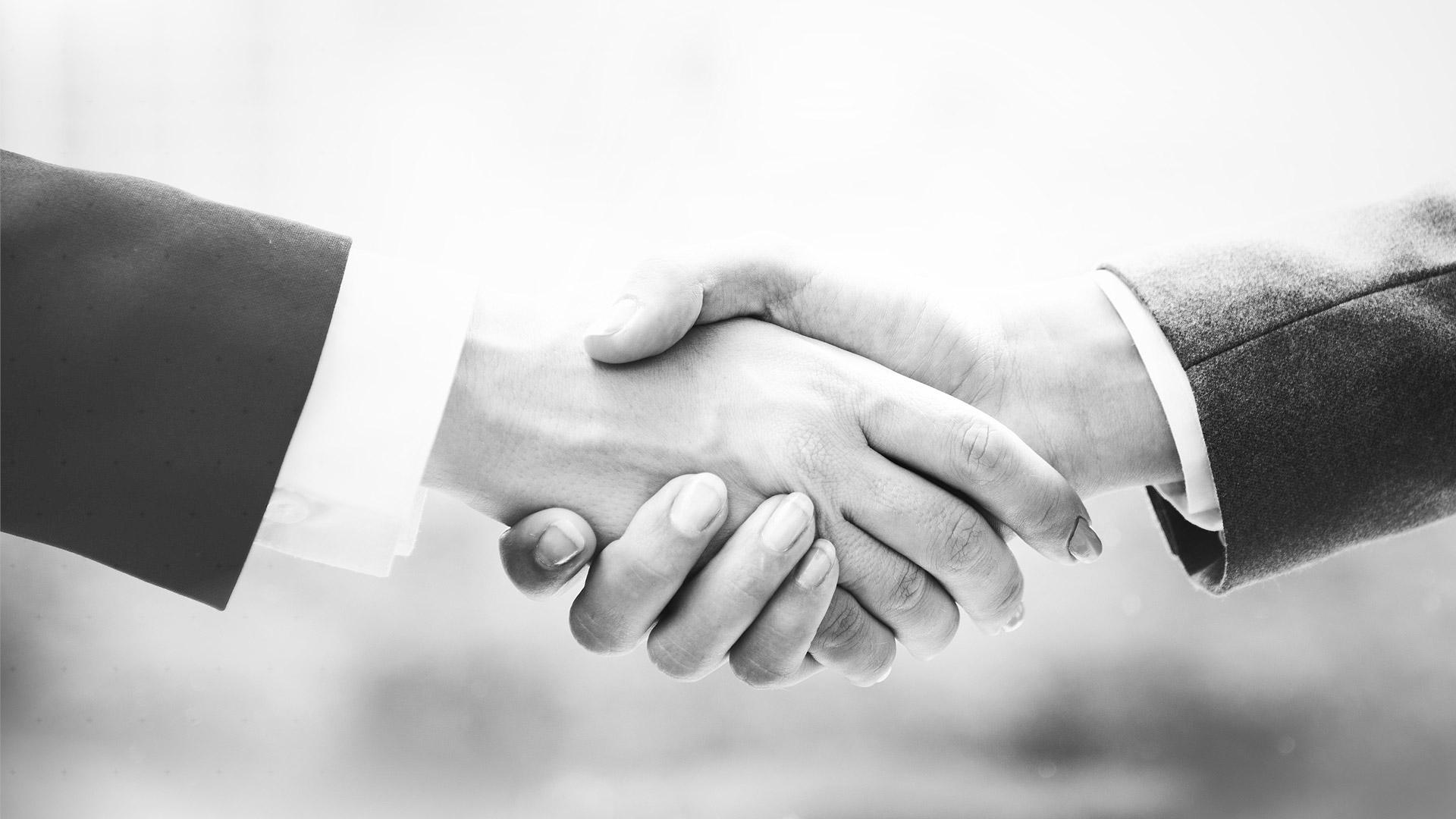 Corporate-Finance-Handshake